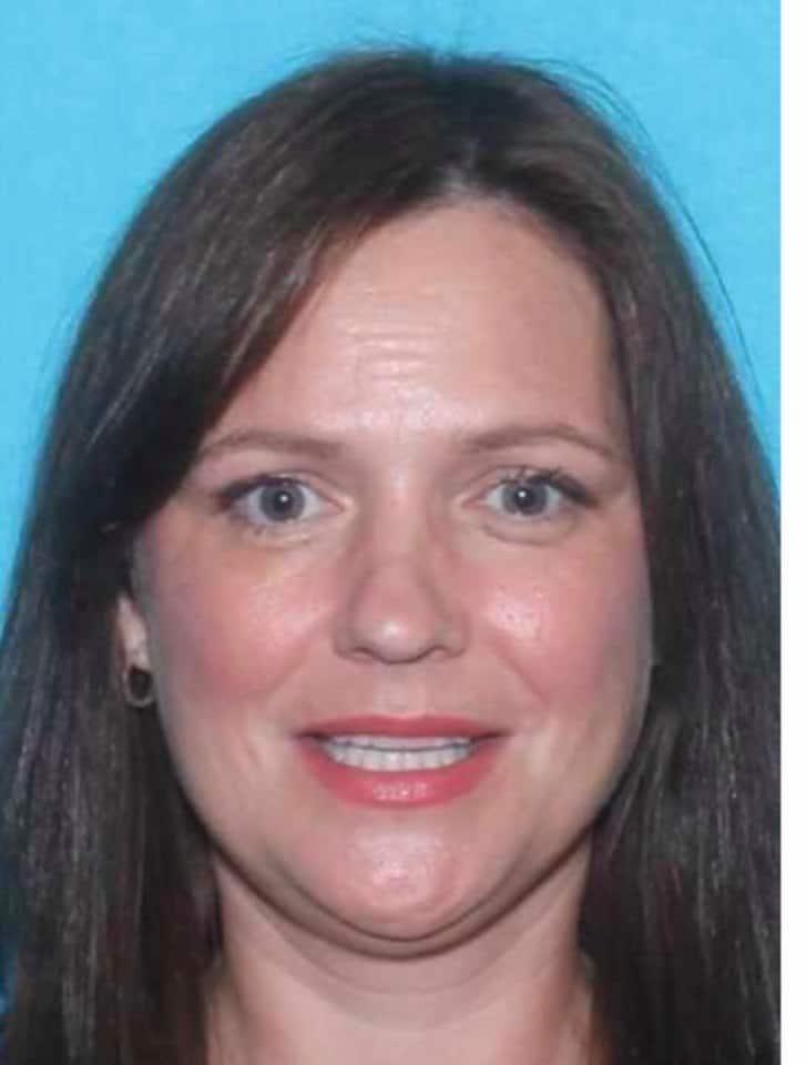 Mãe que sumiu com seu menino e estava sendo procurada por sequestro