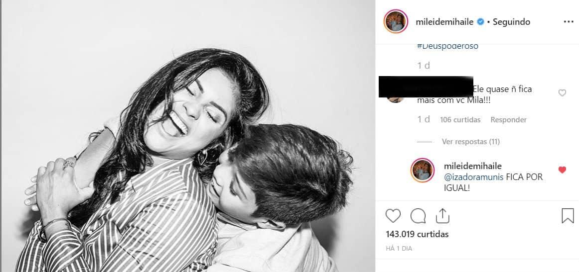 Mileide Mihaile respondeu um internauta que afirmou que Safadão fica mais tempo com o filho