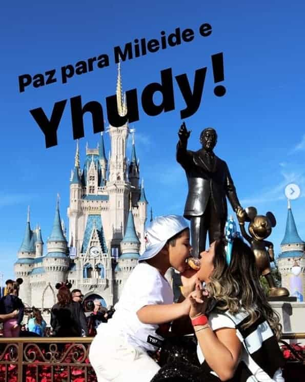 Mileide Mihaile, ex de Wesley Safadão, posta foto com o filho na Disney