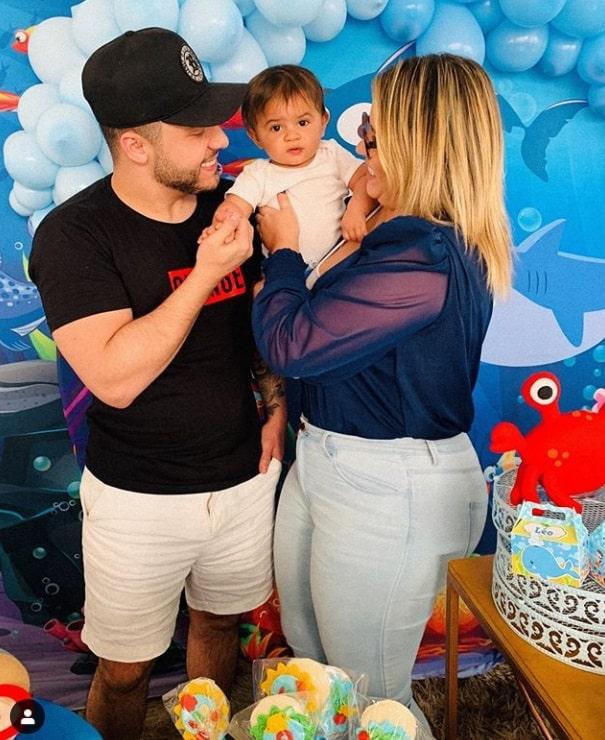 Marília Mendonça e Murilo Huff no mêsversário do pequeno Léo
