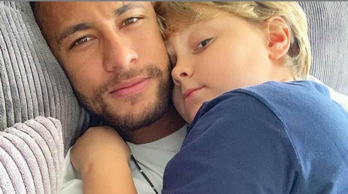 Filho de Neymar Jr ganhou festa diferente e simples