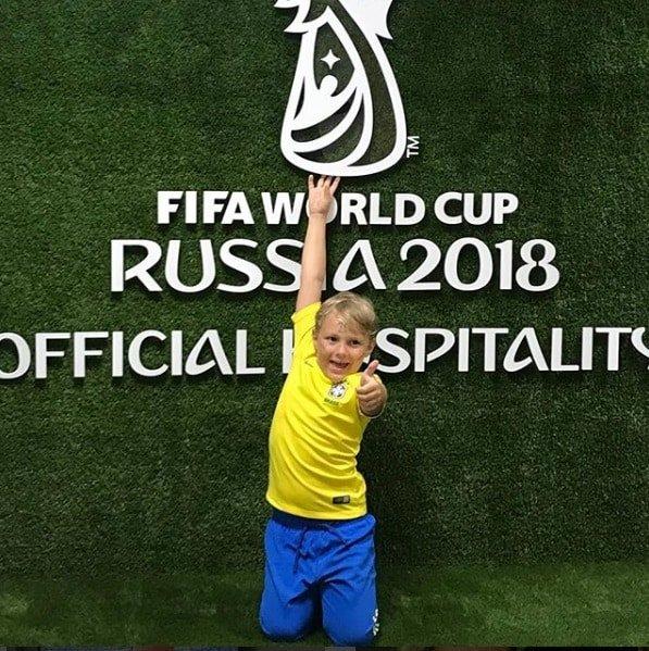 Davi Lucca está acompanhando a Copa bem de perto junto com Neymar Jr