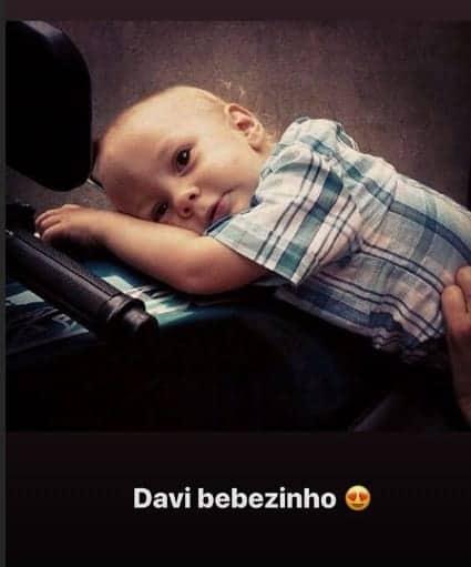 Filho de Neymar em ensaio de fotos quando bebê