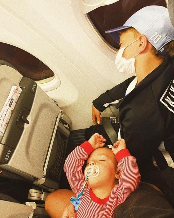 Filho de Neymar e o irmão bebê