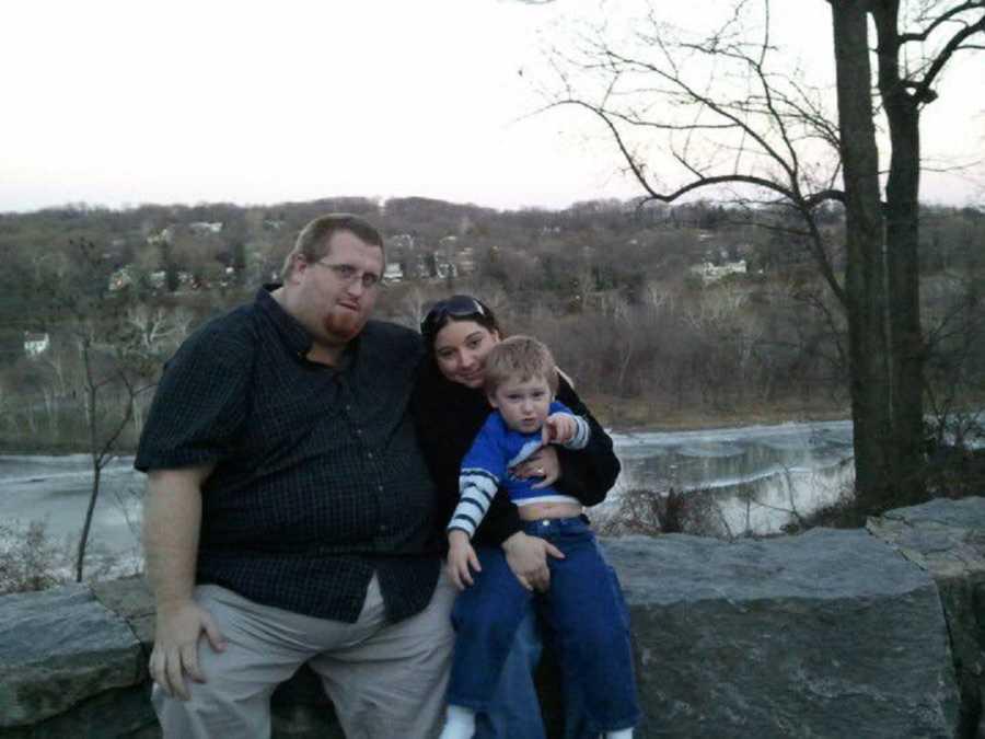 Uma foto com a família de Zach Moore