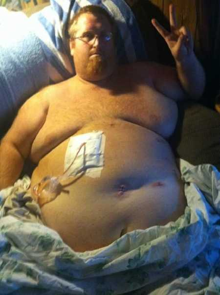 Foto de quando Zach Moore teve problema de saúde