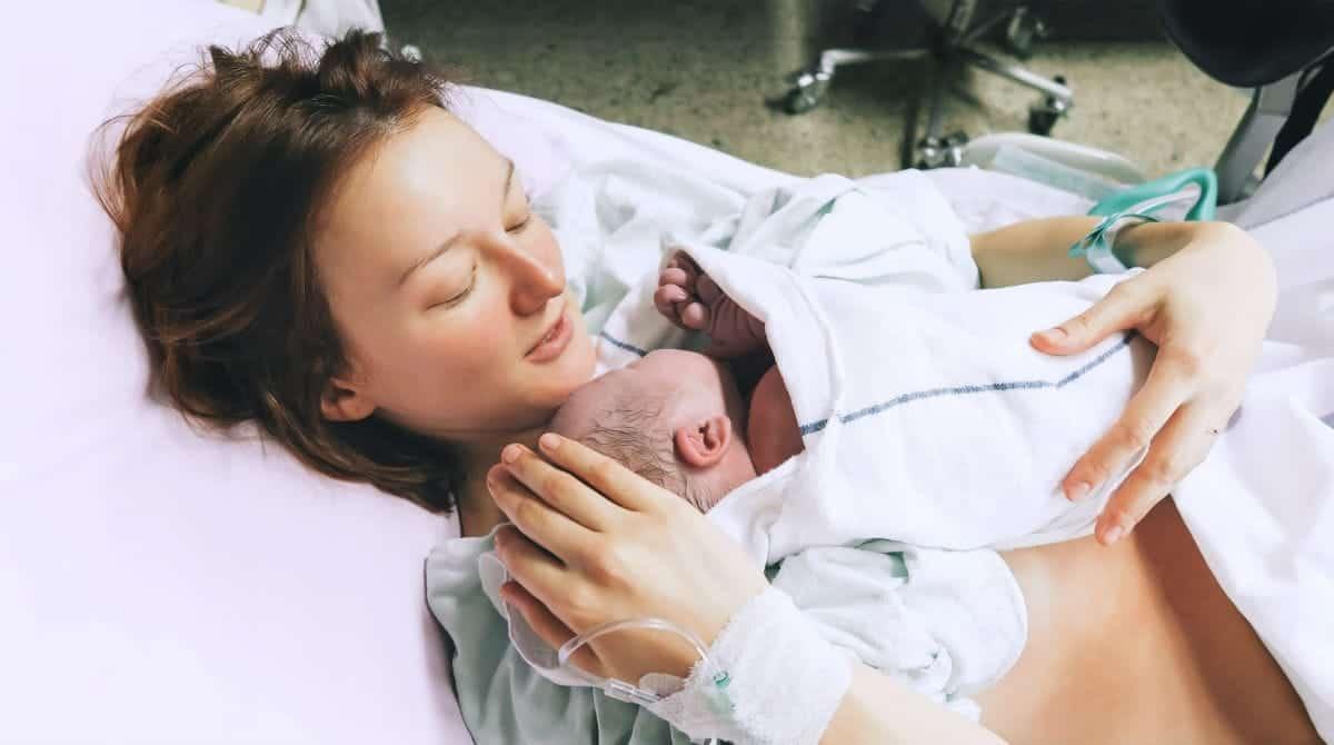 As mães têm bons motivos para pensar no parto normal