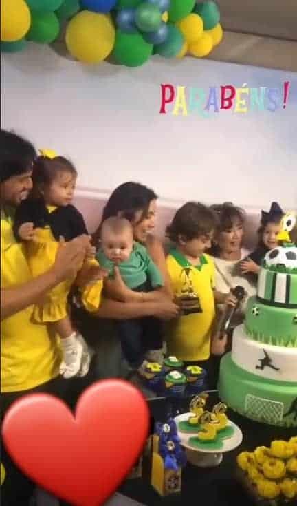Patrícia Abravanel comemorando o aniversário de Pedro