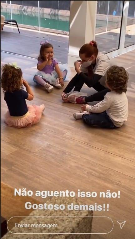 Patrícia Abravanel na aula de dança com os primos