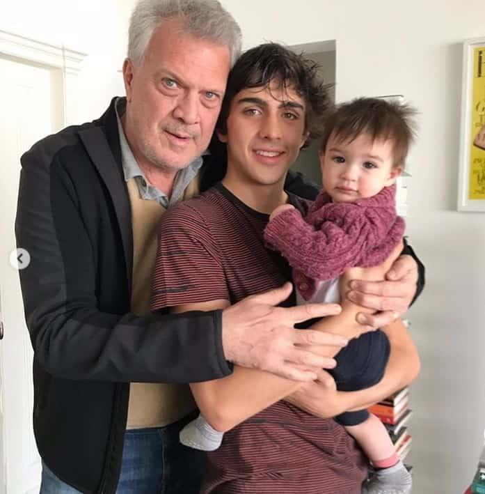 Pedro Bial em foto rara com dois de seus filhos