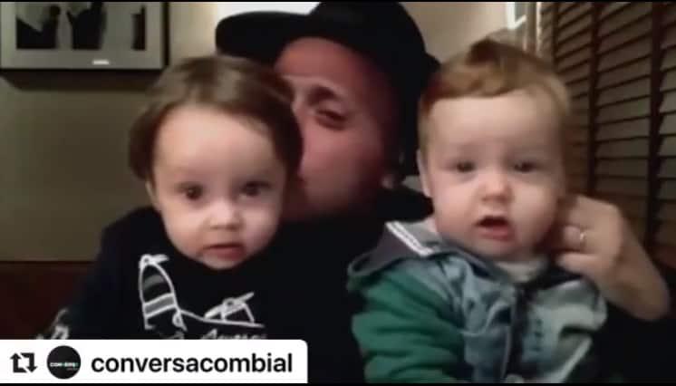 Paulo Gustavo com os filhos em conversa com Pedro Bial
