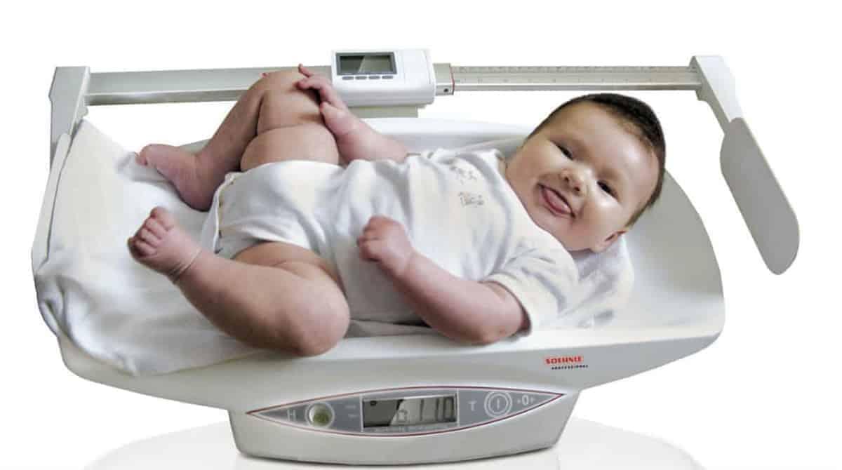 Quanto o bebê deve ganhar de peso