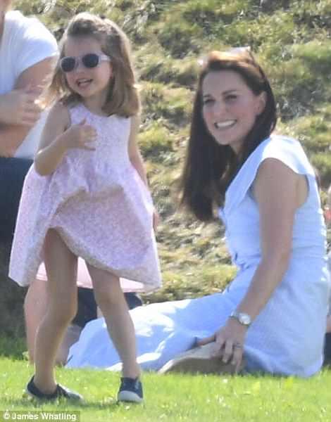A princesa Charlotte adora moda