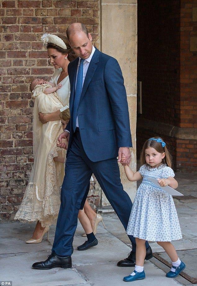 Princesa Charlotte após falar com imprensa