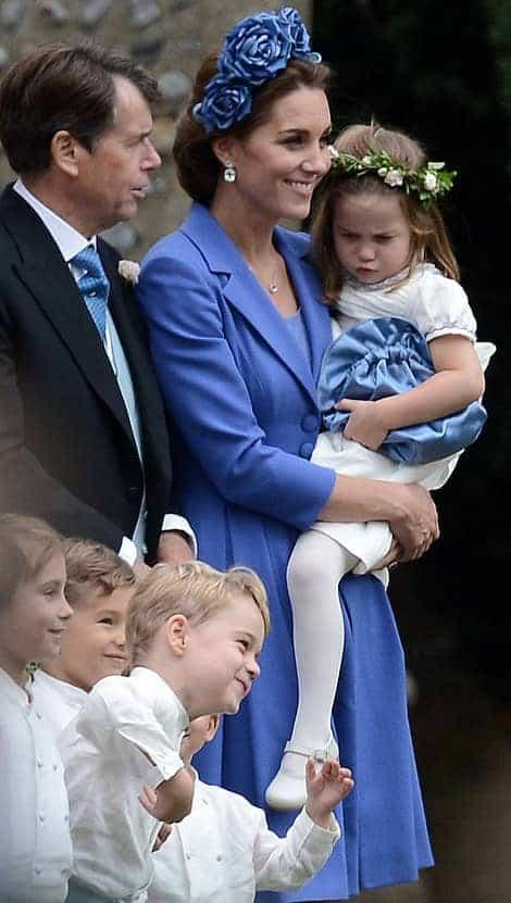Príncipe George e princesa Charlotte como pajem e daminha em novo casamento real