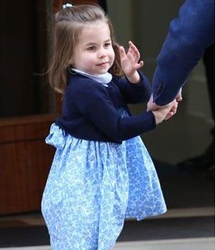 Um pouco mais da fofa princesa Charlotte