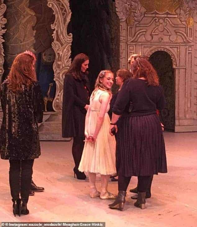 A duquesa e mamãe Kate Middleton levou a princesa Charlotte para o balé