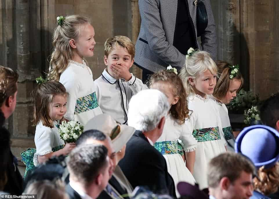 Princesa Charlotte e o príncipe George deram ao casamento um toque de fofura