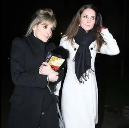 A duquesa Kate Middleton com a amiga Sophie Carter que se casou neste sábado