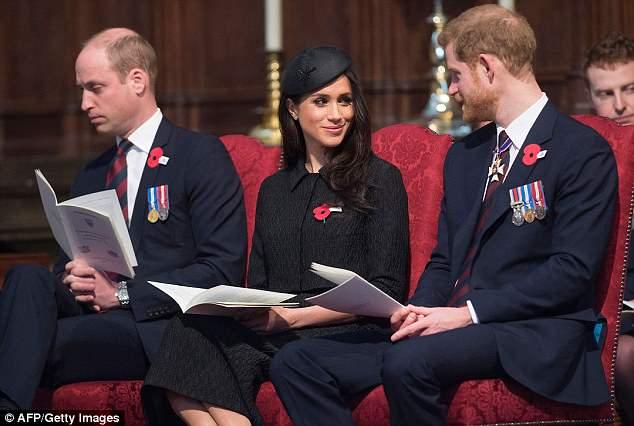 Era visível o cansaço do príncipe William durante evento