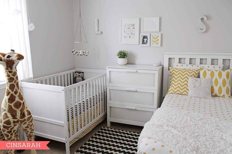Incluir o berço fora do quarto de bebê é mais fácil com tons neutros no ambiente