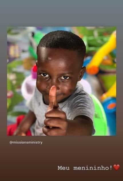 Rafaella Santos mostrou este menino e se declarou