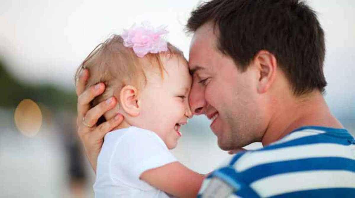 Veja como o pai pode estreitar a relação com o bebê