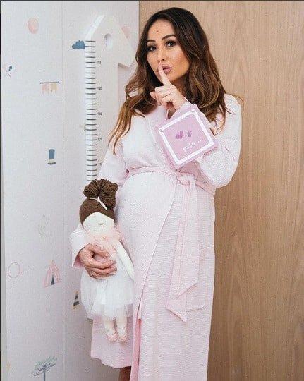 Sabrina Sato postou essa imagem no quarto de sua filha Zoe