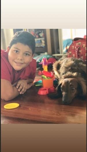 O filho do treinador do cachorro de Sabrina Sato com o Bernardo