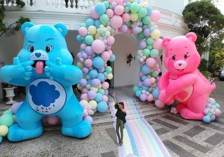 A entrada da super festa de um ano de Zoe