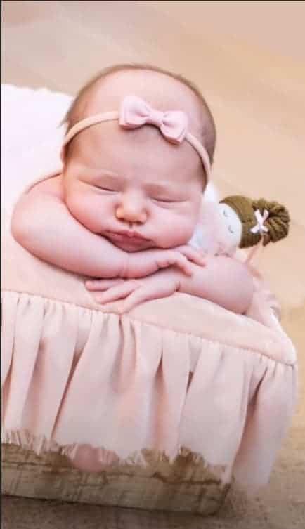 Sabrina Sato compartilhou fotos do ensaio fotográfico da bebê Zoe