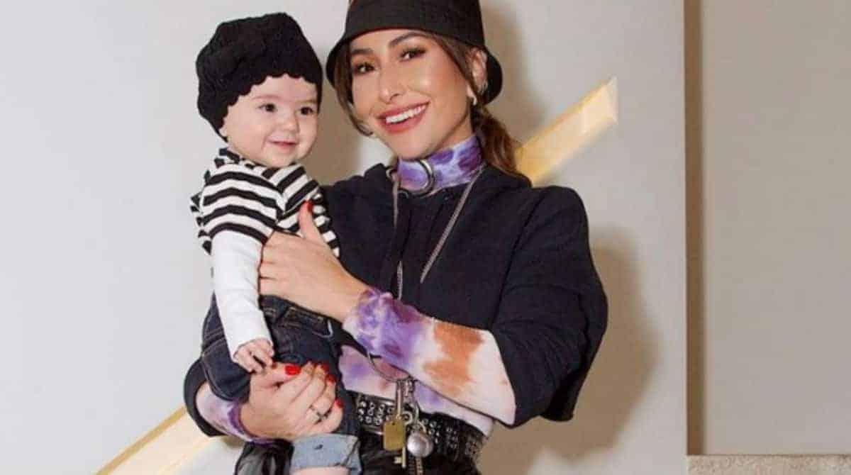 Sabrina Sato falou de Fernanda Young e maternidade