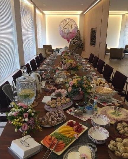 Essa bela mesa fez parte da festa de recepção para a Zoe, filha de Sabrina Sato