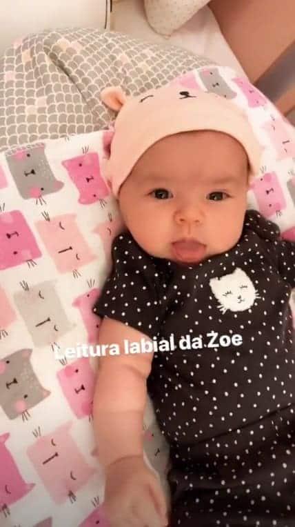 """A mamãe Sabrina Sato postou vídeo da fofa Zoe """"falando"""""""