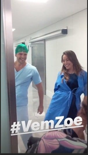 Para descontrair um pouco antes do nascimento da bebê Zoe, Sabrina Sato e Duda Nagle dançaram.