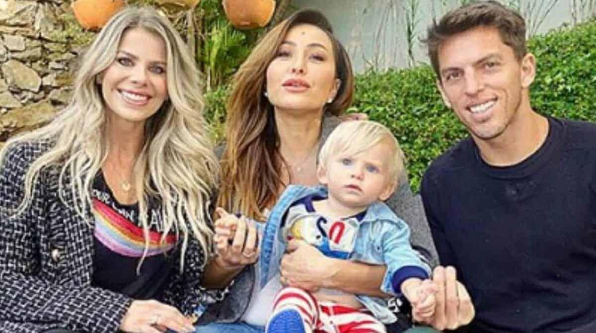 Enrico, filho de Karina Bacchi aprontou com Sabrina Sato