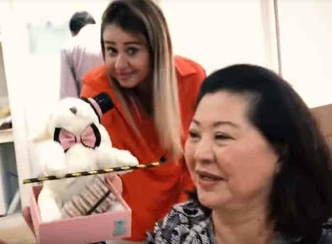Na publicação a lembrancinha do nascimento da bebê Zoe, filha da Sabrina Sato