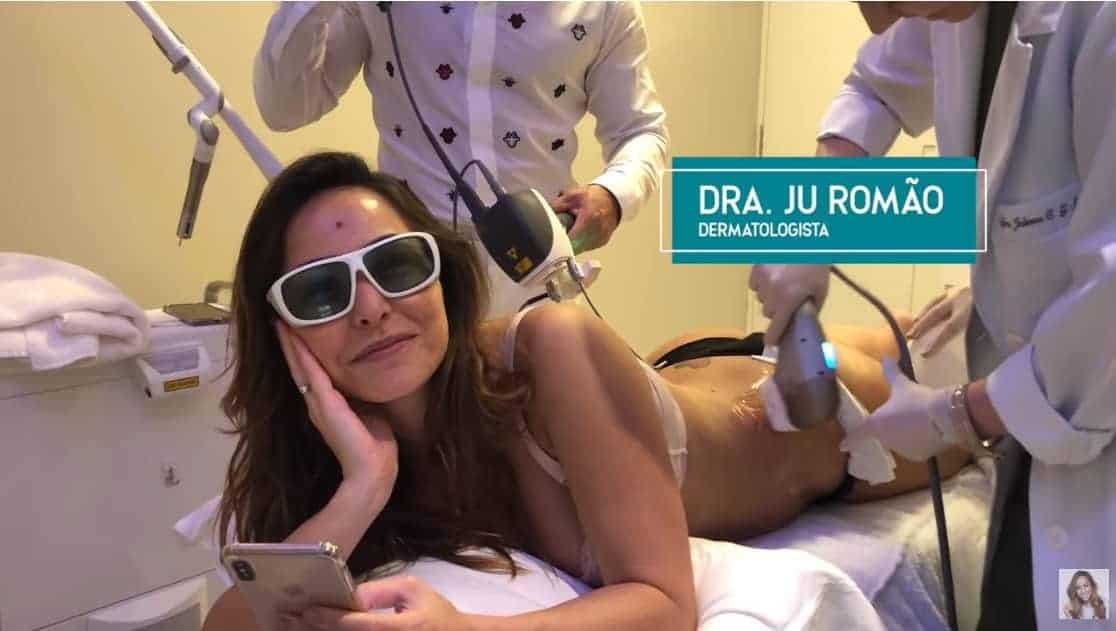 Sabrina Sato fazendo um tratamento estético dois meses após o parto da Zoe
