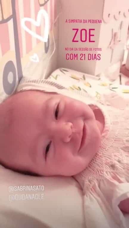 Bebê Zoe, filha de Sabrina Sato e Duda Nagle ficou muito fofa nesse vídeo da fotógrafa Katia Rocha