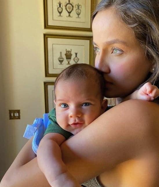 Biah Rodrigues e o filho com Sorocaba
