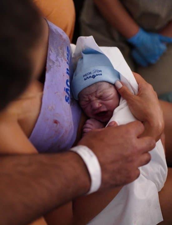 Filho de Sorocaba instantes após nascer