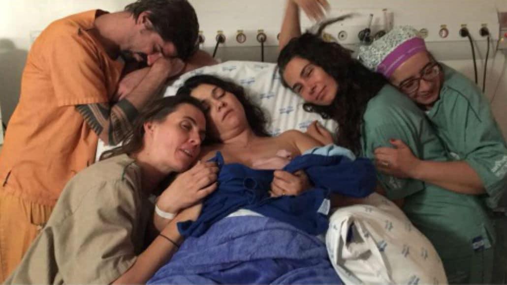 Suzana Alves, Saretta e a equipe que ajudou no parto