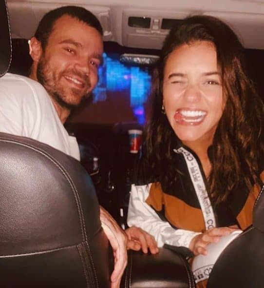 Talita Younan e João Gomez estão esperando um filho