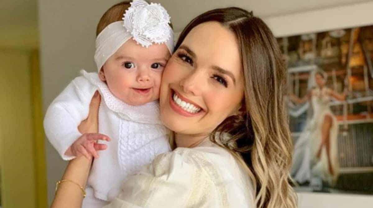 Thaeme falou da fisioterapia de sua bebê Liz