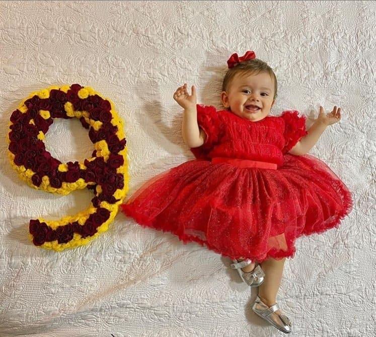 Bebê de Thaeme Mariôto completou nove meses