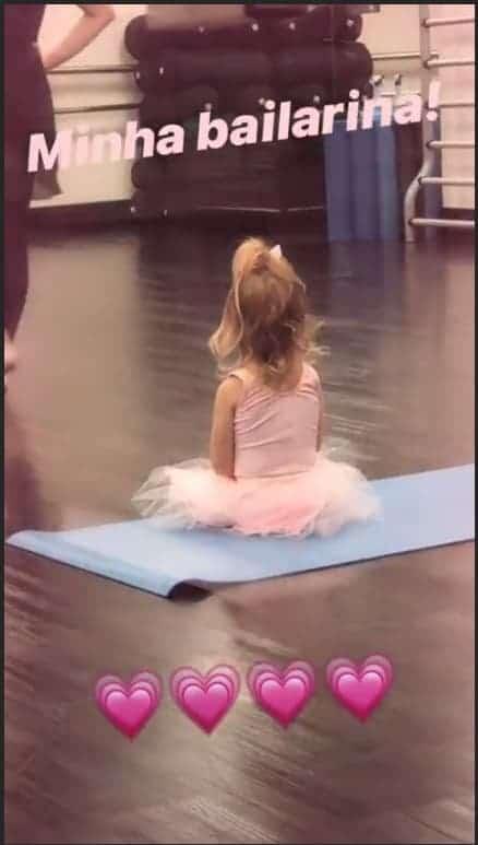 Thaís Fersoza mostrou Melinda de bailarina