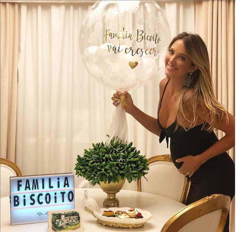 Linda foto de Ticiane Pinheiro grávida