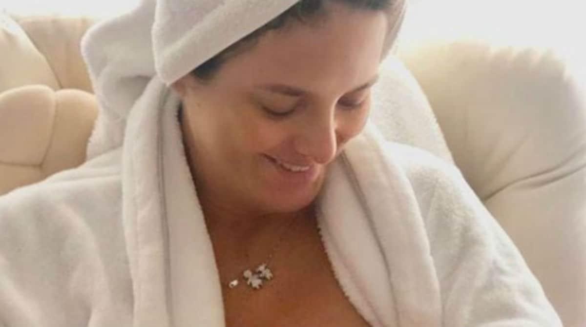 Ticiane Pinheiro postou uma foto amamentando a filha recém-nascida
