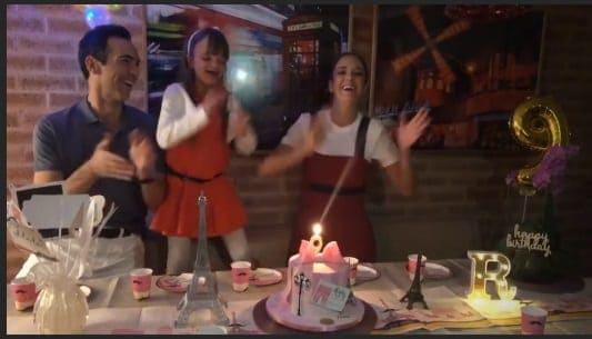 A hora dos parabéns na festa de nove anos de Rafa Justus
