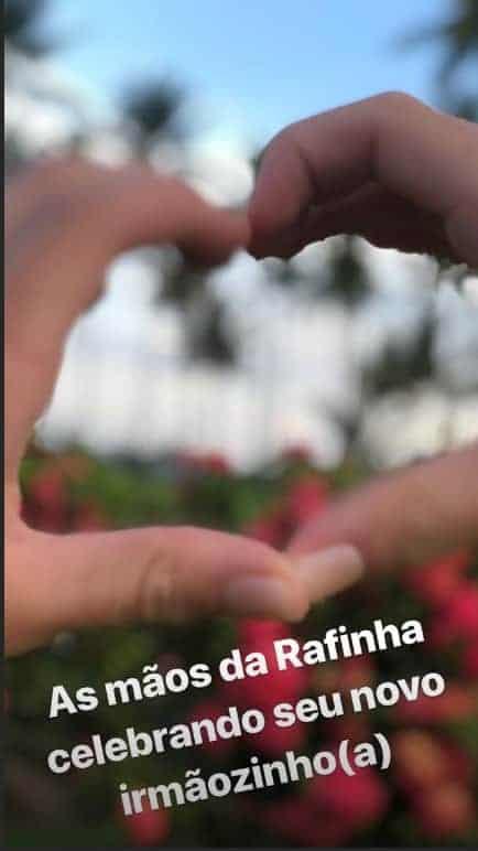 Rafinha, filha de Ticiane Pinheiro, é só amor com o bebê